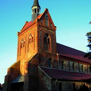 Backsteinkirche St. Nikolaus, Beuster